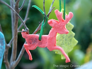 Salt Dough Woodland Christmas Ornaments DIY Tutorial : www.theMagicOnions.com