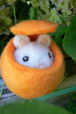 Needle Felted Pumpkin Mouse