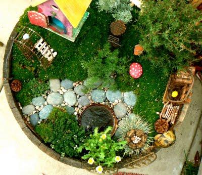 Make a fairy garden the magic onions - How to make a fairy garden container ...