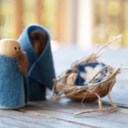 Make A Handmade Nativity Set :: Joseph and Mary