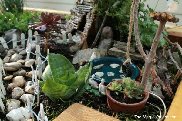 Make a magical Fairy Garden :: www.theMagicOnions.com