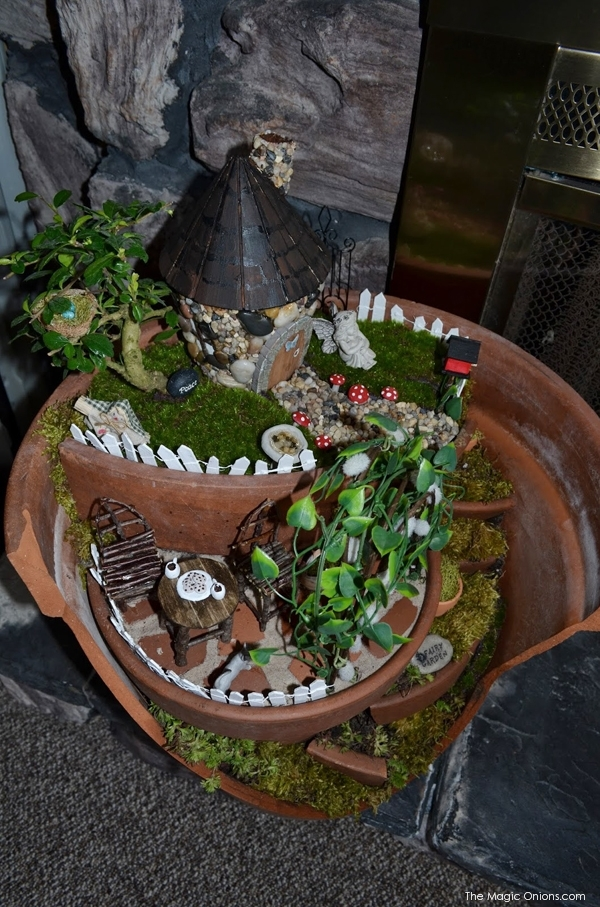 Fairy GArden in a Broken Flower Pot : Finalist in the Fariy Garden Contest : www.theMagicOnions.com