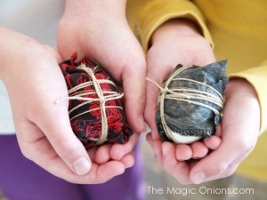 Silk Dyed Easter Eggs : Magic Craft Box : www.theMagicOnions.com Blog