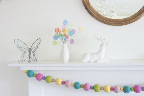 button flowers and felted garland