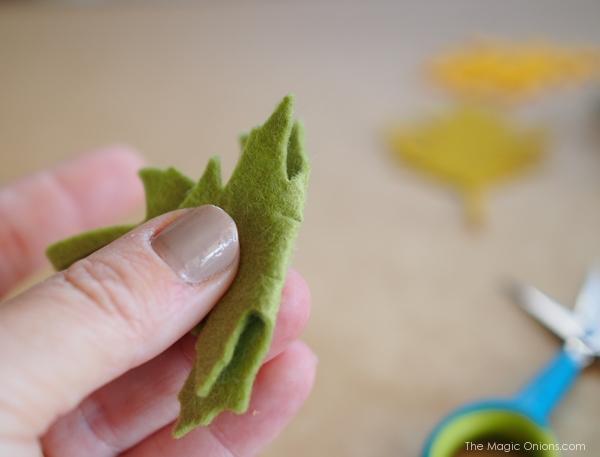 DIY :: Felt Leaf Garland Tutori