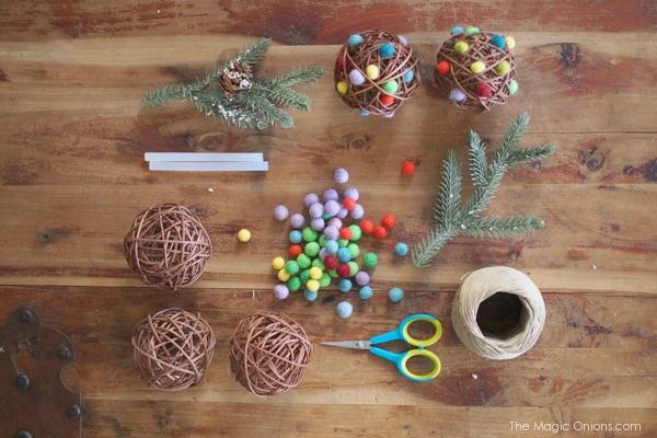 Felt Gumdrop Christmas Ornaments :: DIY Tutorials :: www.theMagicOnions.com