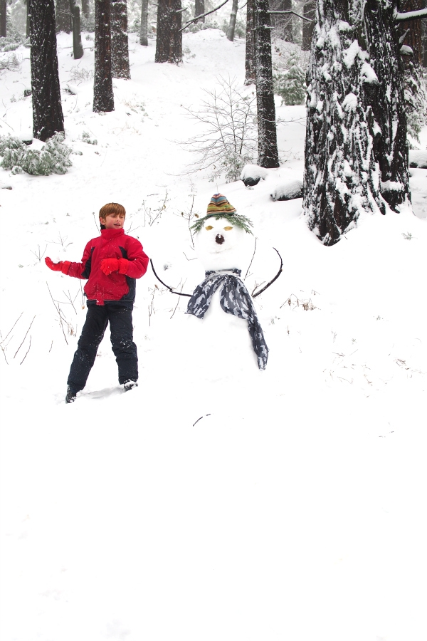 Fun in the Snow : The Magic Onions -- www.theMagicOnions.com