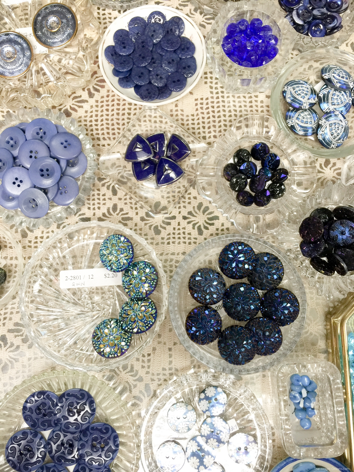 Buttons and Cloth Delectable Mountain Cloth in Brattleboro Vermont - www.theMagicOnions.com